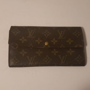 Louis Vuitton Sarah Monogram Wallet Authentic